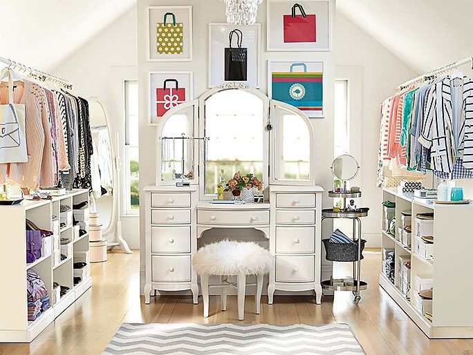 Chelsea Vanity Loft Vanity In Our Dream Closet Dorms