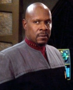 Captain Benjamin Sisko (Avery Brooks)