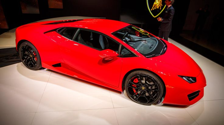 While AWD is nice for stability, there's no beating the joy of a rear-wheel-drive supercar, and Lamborghini has a new one.