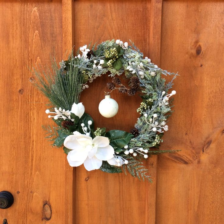White Magnolia Wreath, Christmas Wreath, Winter Wreath, Front Door, Front Door Decor, Front Door Wreath, Wall Decor, Made In Canada by DearloveDecorDesign on Etsy