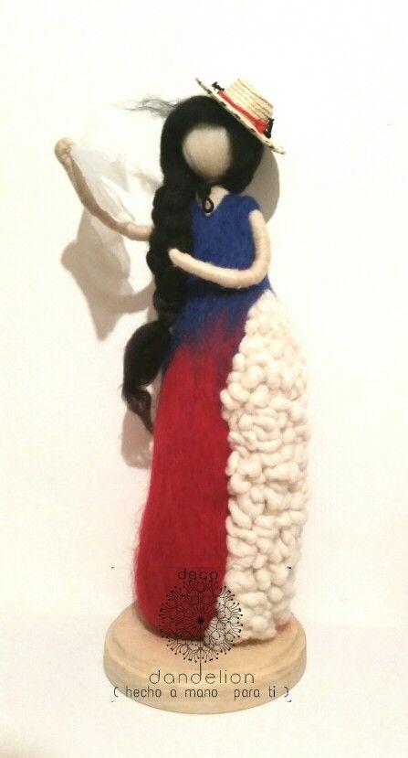 Tiki tiki tiii escultura de vellon inspirada en nuestras huasitas chilenas…