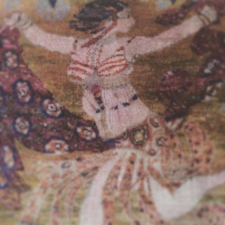 The Russian Seasons. L. Bakst. Costume of Cleopatra (for Ida Rubinshtein). Hand-tufted rug. Silk.