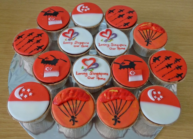 Life is too short, Eat Desserts: National Day Singapore Cupcakes