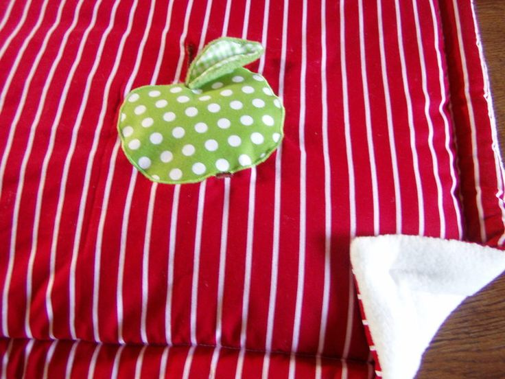 Babydecken - Kuscheldecke- Mein kleiner Apfel - ein Designerstück von FarbenFroh56 bei DaWanda