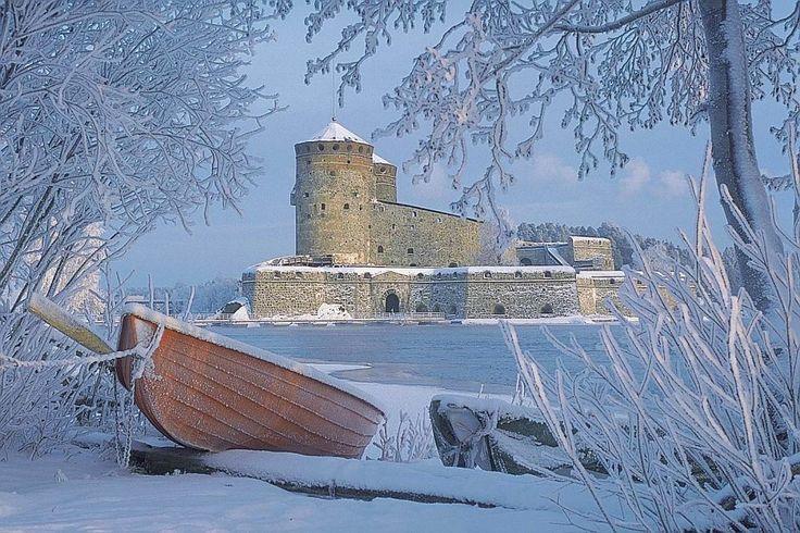 Savonlinna, Olavinlinna Castle, winter