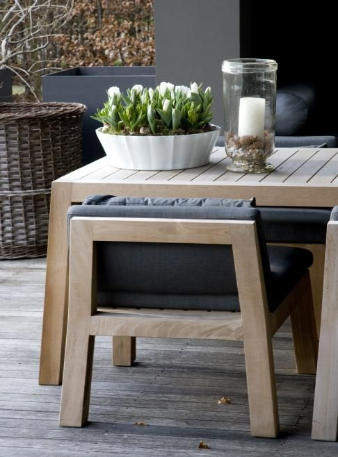 nice muted colours and textures. Repinned by www.claudiadeyongdesigns.com and at www.thegardenspot.co.uk