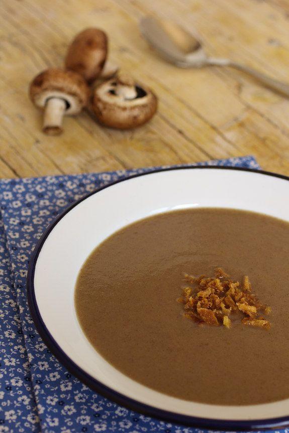 Creme de castanhas com cogumelos; Cinco Quartos de Laranja: Cuisine Companion