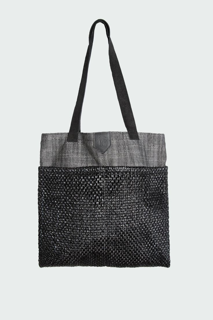 New Kid - Pocket Tote Black Raffia