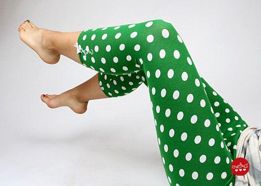 "Leggings - MEKO ""Shorty"" Leggings Punkte Grün Damen - ein Designerstück von meko bei DaWanda"