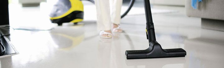 Bármely szennyeződéshez alkalmas: a Kärcher Nedves-/száraz porszívók ideálisan használhatók garázsok, műhelyek, építkezések tisztításához.  http://www.kaercher.hu/hu/Termekek/Home__Garden/Porszvk/Nedvesszraz_porszvk.htm?popup_microsite=wd_microsite_hu/