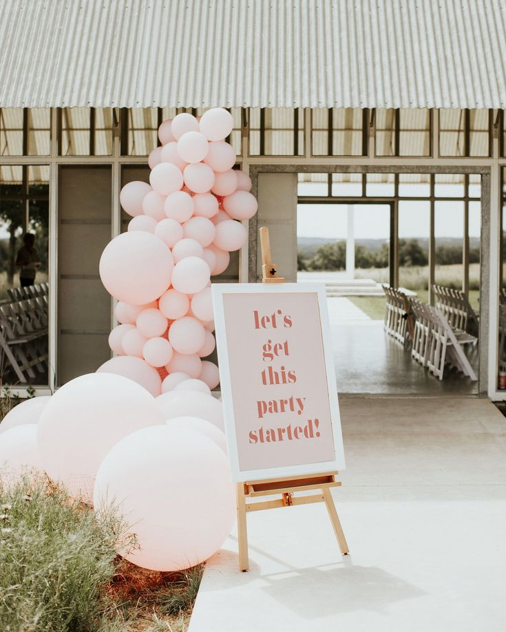 Bring your ceremony or reception to new heights with fun, floating décor. With all the creative inspiration ahead, you're bound to find a balloon idea that suits your wedding. #Wedding #Balloons #WeddingDecor #Unique #WeddingIdeas #WeddingBalloons #BalloonWall #BalloonDecor | Martha Stewart Weddings - Our Favorite Ways to Use Balloons Throughout Your Wedding