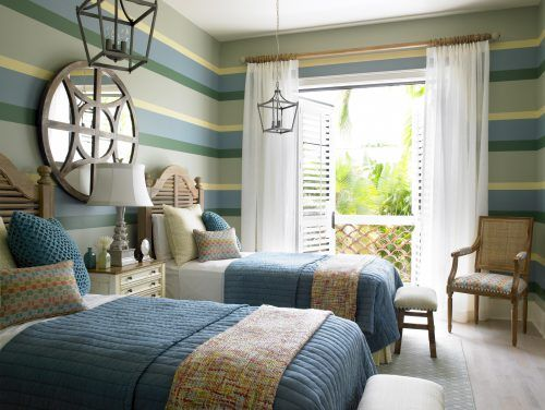 Coastal Style Decorating Ideas 04 Of 23 - Bedroom with stripped wall painting