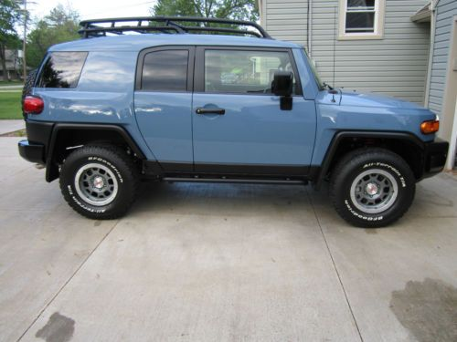 2014 Toyota FJ Cruiser TRAIL TEAMS ULTIMATE EDITION ONLY 2500 MADE