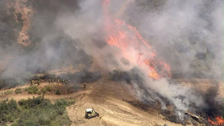 A weekend heat wave has raised fire safety concerns in the Southern California area on Sunday, according to the National Weather Service.  Nerissa Knight reports for the KTLA 5 Morning News at 6 on May 21, 2017.