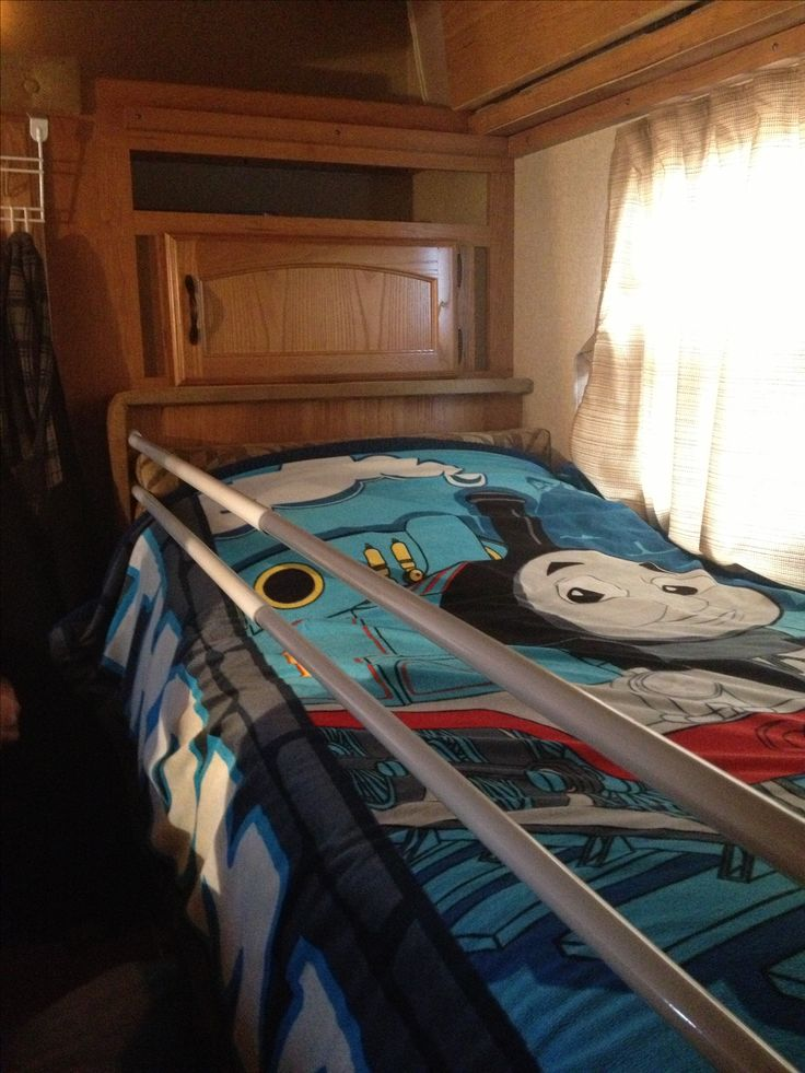 73 best images about rv bunks on pinterest campers for Rv loft bed