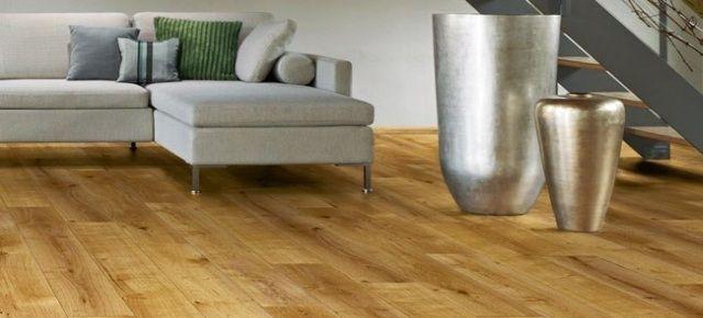 Podłoga winylowa w kuchni: alternatywa dla drewna. Fot. Podłogaw winylowa Krono Xonic, Kronospan