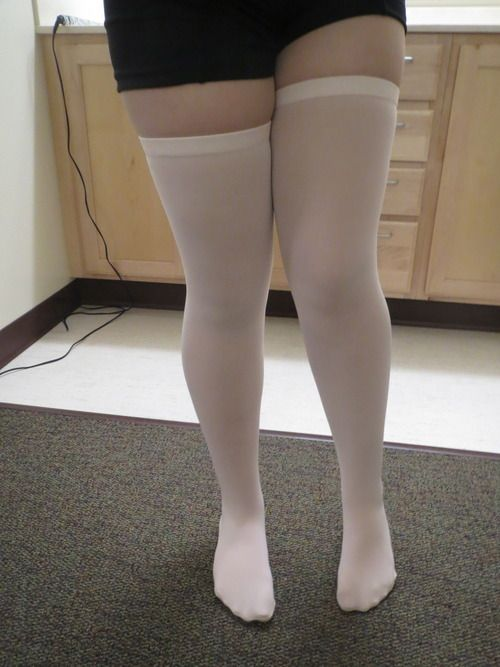 Converting tights into thigh highs! So much better to wear than suffocating tights, especially with fall coming up.