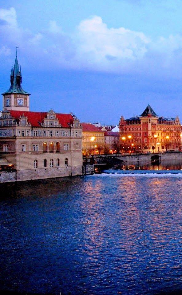 Create Every Day _ Travel Prague