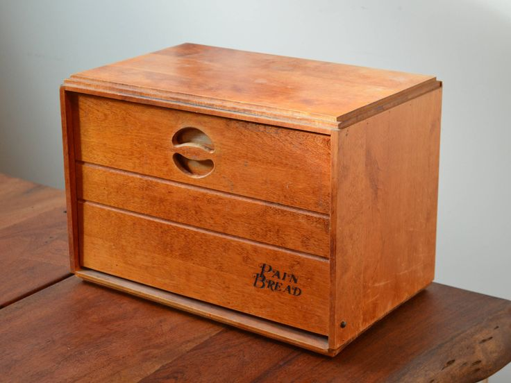 Baribocraft Maple Wooden Bread Box, circa 1960s from Montreal, Canada. Vintage Canadiana with interior shelf by Trashtiques on Etsy https://www.etsy.com/ca/listing/511655328/baribocraft-maple-wooden-bread-box-circa