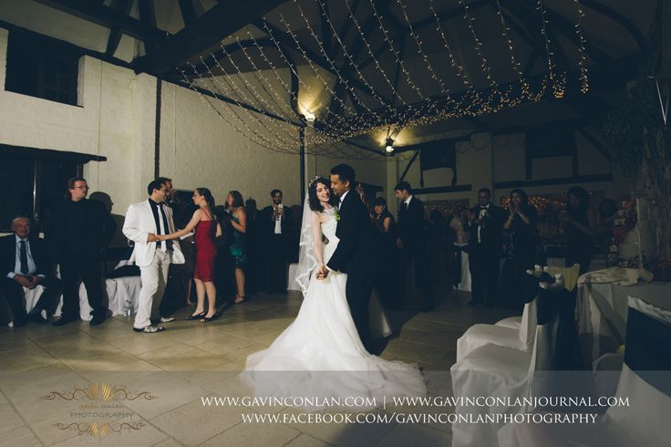 Wedding photography at Nether Winchendon Houseby gavin conlan photography Ltd