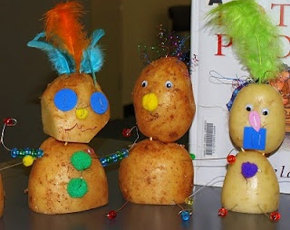 Potato People craft used in a book club studying The Potato People by Pamela Allen. http://ourworldwideclassroom.blogspot.com/2010/09/picture-book-fun-potato-people.html