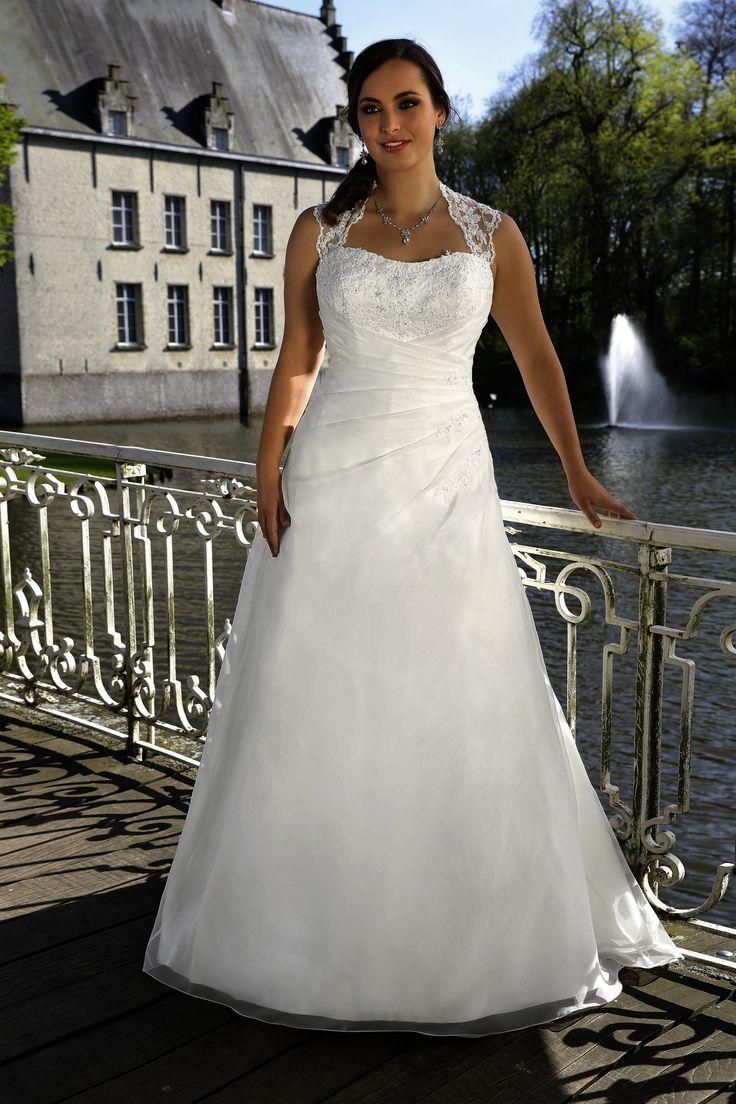 11 best Maatje meer Bruidsjurken images on Pinterest