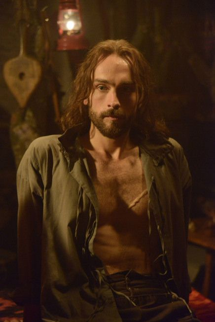 "And this is the other main character, Ichabod Crane, back from the dead after 250 years and looking pretty damn fine*. | 15 Reasons You Should Be Watching ""Sleepy Hollow"" Based Solely On The Pilot"