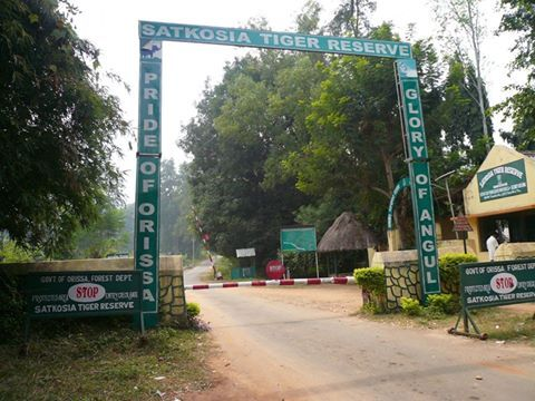 Satkosia Gorge Wildlife Sanctuary #Odisha  Spread over 796 square kilometers, Satkosia Gorge Wildlife Sanctuary was established in 1976 in Orissa.  Spread out in four districts of Orissa namely Angul, Budh, Cuttack and Nayagarh, Satkosia Gorge has an exclusive geomorphology feature as Mahanadi cuts it through the Eastern Ghats thus forming a wonderful gorge around 22 kms long.
