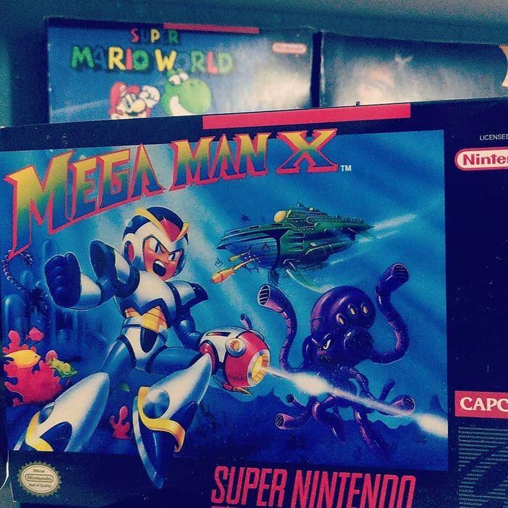 Talvez o meu jogo favorito do Super Nintendo  www.youtube.com/marcplayer  www.facebook.com/marcplayergames  www.twitter.com/marcplayergames  www.instagram.com/marcplayergames  #playstation #xbox #nintendo #sega #retrogaming #retrogames #retrogame  #nintendo #retro #gaming #classics #gamer #classicgames #videogames #videogamecollection #play #youtube #nerd #geek #gameroom #gamerguy #collection #colecao #classicos #instagamer #youtube #youtuber #marcplayer #marcplayergames