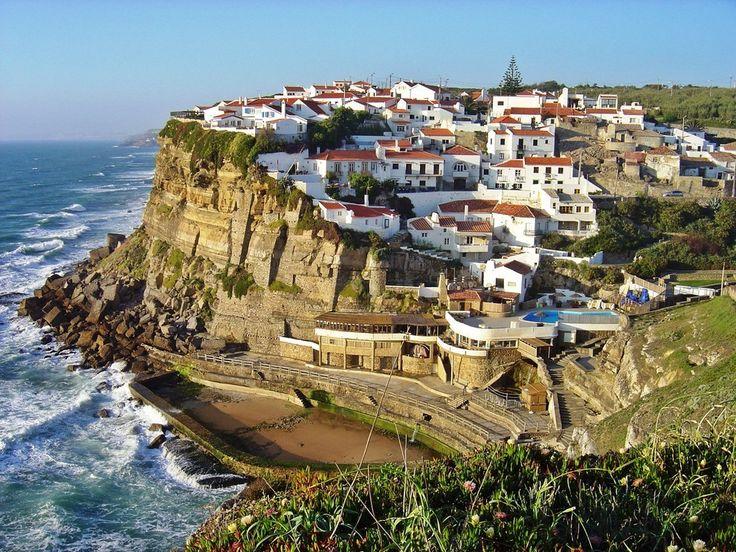 Azenhas do Mar, Sintra. - As pessoas dizem que Portugal é um país deslumbrante… | 34 razões para nunca visitar Portugal