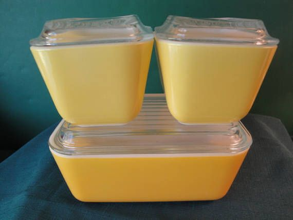 Vintage Pyrex Set Of 3 Sunflower/Yellow Pattern Refrigerator Dishes All With Matching Lids