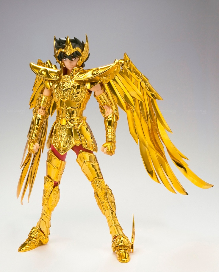 As a kid, I desperately wanted all the Saint Seiya toys-I thought they looked so cool. This has not changed.