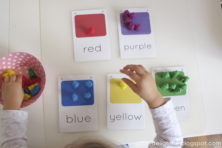 Lovely way to teach little ones colour matching.