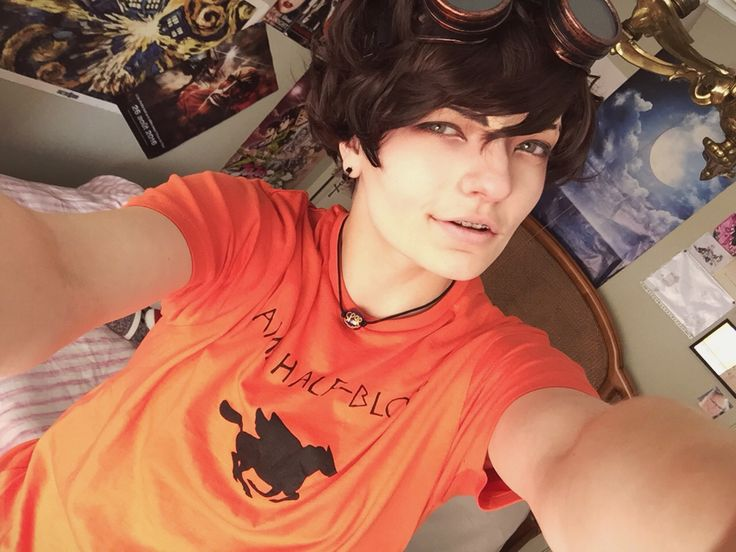 """""""Like me. I'm tragically funny and good-looking.""""  Leo Valdez cosplay by syriinx Percy jackson/ Heroes of olympus series Camp halfblood/SPQR"""