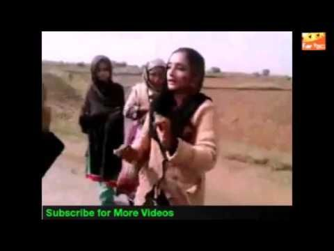 Funny Videos Pakistani Village Girl N Boy Wedding Dance