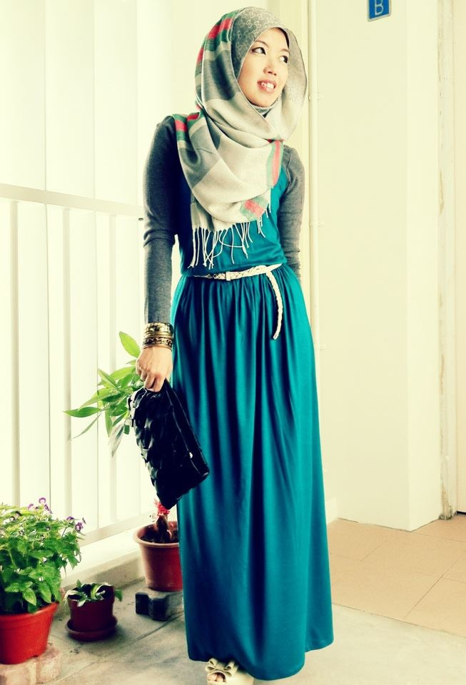 Simple Yet Classy Islamic Fashion Pinterest Hijabs Hijab Casual And Teal Maxi Dresses