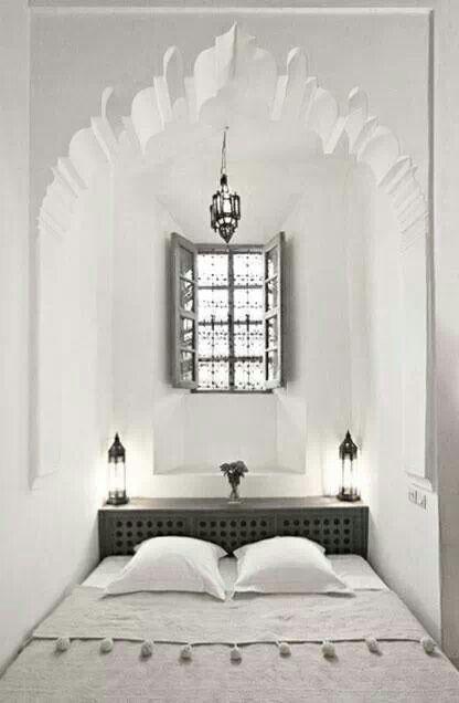 25 beste idee n over marokkaanse slaapkamer op pinterest marrokkaanse decoratie oosterse - Wallpaper voor hoofdeinde ...