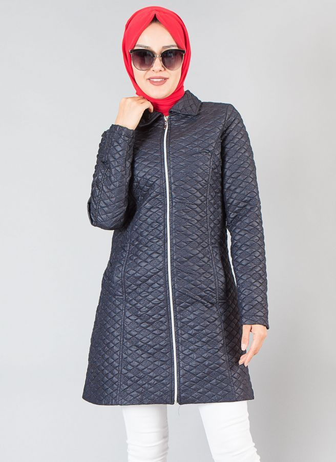 Kapitone Bayan Mont (LACİVERT) #trençkot #moda #autum #triko #uzun #kış #yenisezon #tesettürgiyim #tesettürmoda #hijab #hijabstyle #hijabs #mod