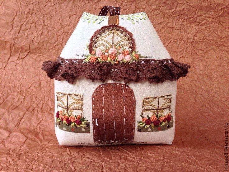 Купить Счастливый домик - бежевый, домик, домик в деревне, домик текстильный, домик интерьерный