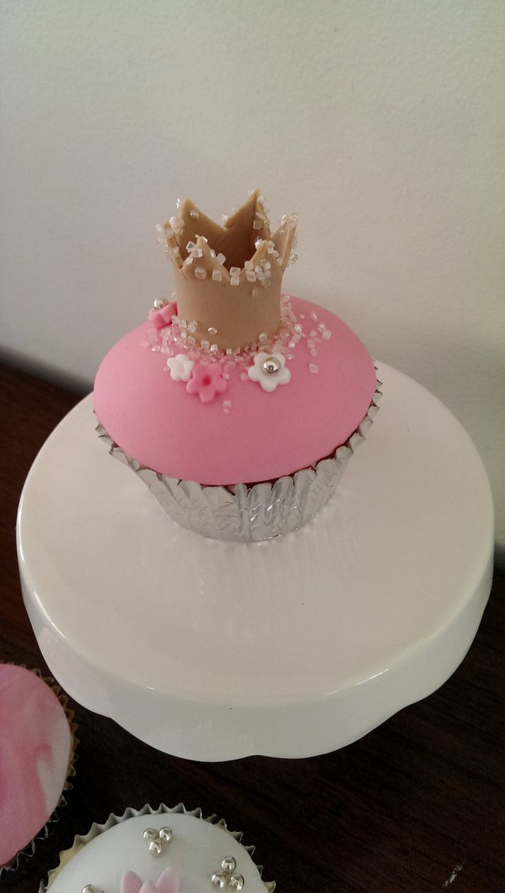 Princess Crown Cupcake by delicious art