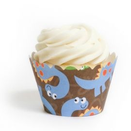 Cute and simple - cupcakes for a boy.