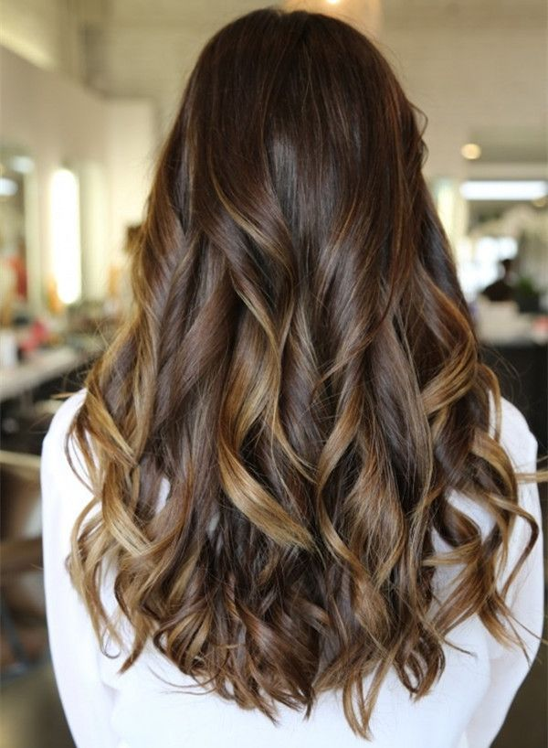 Dark brown ombre hairstyle to blonde, long balayage hairstyle