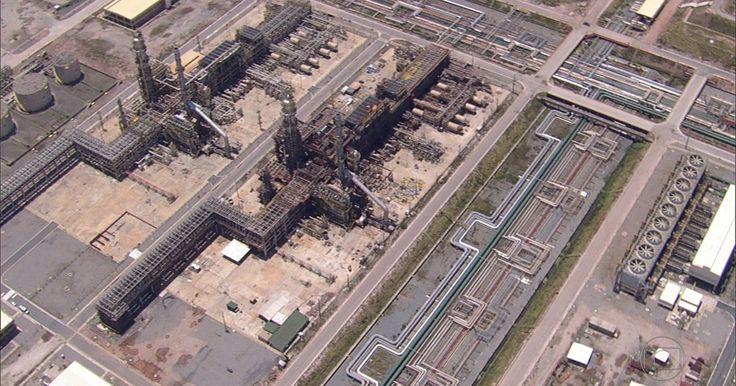 Conselho da Petrobras decide reavaliar obras no Comperj e RNEST