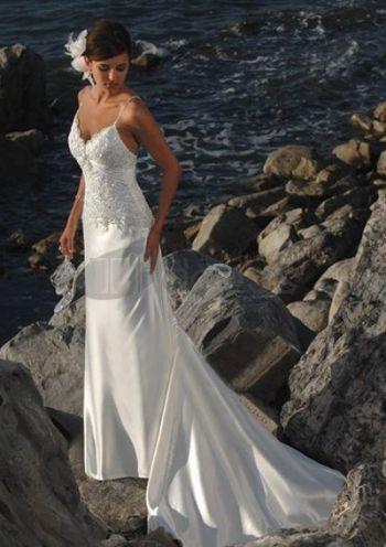 v-hals kant sexy strand trouwjurken