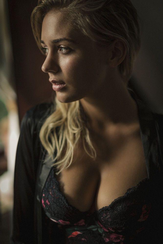 Alexandra by Jonny Otten on 500px