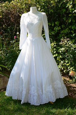 Popular Vintage s s Lacey Mexican Wedding Dress Hippie DaZe Full Circle Skirt