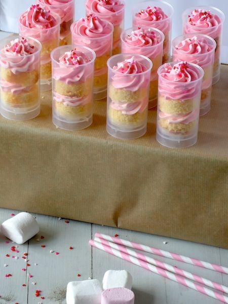 Lekker recept voor push cakes met frambozen botercrème.