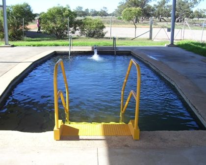 Narrabri Shire Tourism: Pilliga Hot Artesian Bore Baths