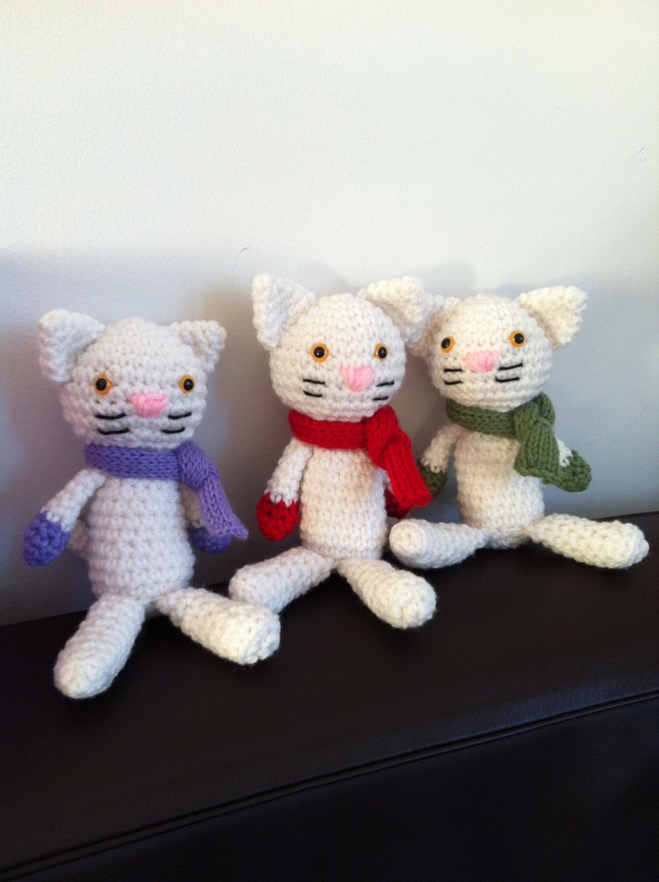three little kittens found their mittens... and scarves