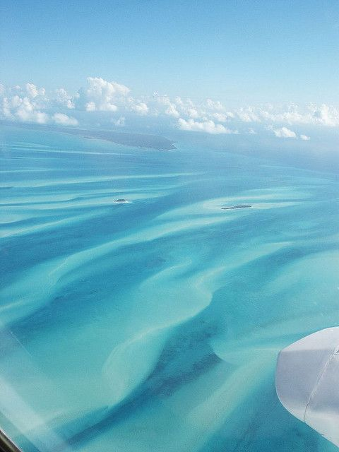 hurricane season 2004 painted the ocean with sand, Bahamas (photograph by Zickie) http://www.flickr.com/photos/zickie/with/10837628/ #sea #nature